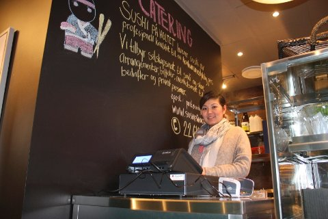 SUSHI PÅ HOLTET: Helen Pham gleder seg til å drive sushibar på Holtet.