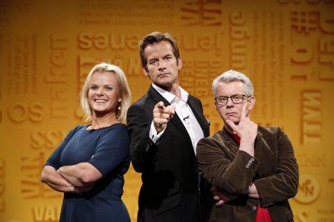NYTT PÅ NYTT: Ingrid Gjessing Linhave, Jon Almaas og Knut Nærum i studio.