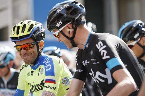 GOD STEMNING: Alberto Contador i samtale med Christopher Froome før start i den sjuende og siste etappen av Catalonia rundt 29. mars i år.