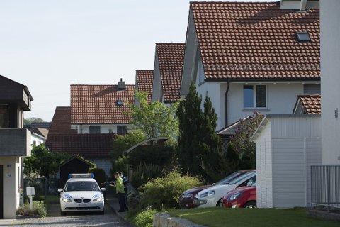 DREPT: Flere personer ble funnet drept i og utefor et hus i Wuerenlingen, Sveits.