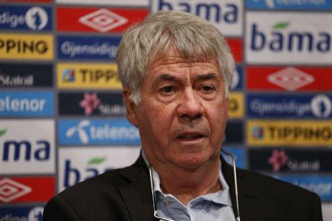 OPPGJØR: Egil Drillo Olsen sier han fikk sparken av NFF.