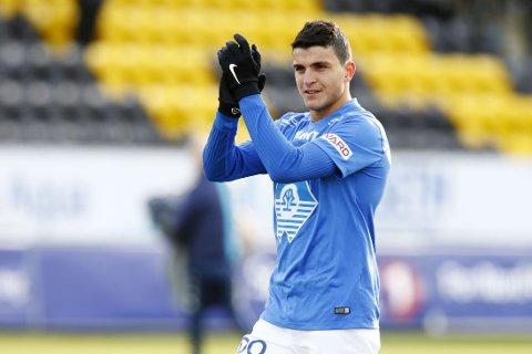 I TENKEBOKSEN: Mohamed Elyounoussi vurderer å spille for Marokko, framfor Norge.