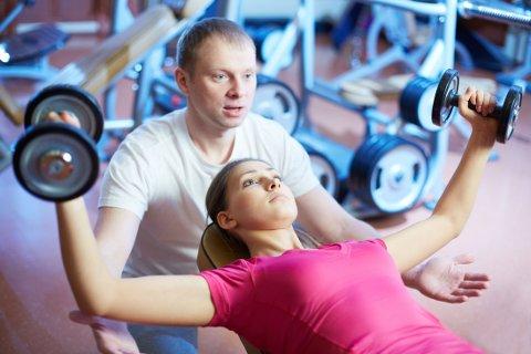 TRENING MED KOMPETANSE: En personlig trener har ikke nødvendigvis den kompetansen som trengs for å kunne veilede personer med spiseforstyrrelser.