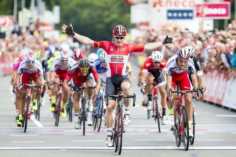 FØRST: Andre Greipel jubler over etappeseieren i Eneco Tour.