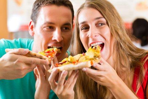 VELG MINDRE OST, men ikke mindre fett på pizzaen.