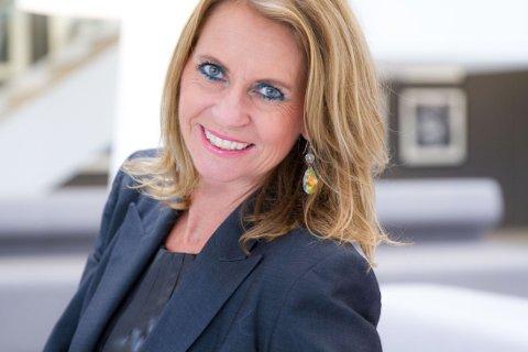 FYLLER FEMTI: Ellen Arnstad blir 50 år på søndag, og feirer samtidig 30 år i bransjen.