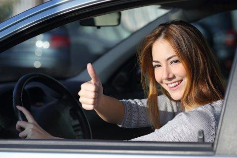 AHOY: Kvinner gjør seg bedre bak rattet enn menn.