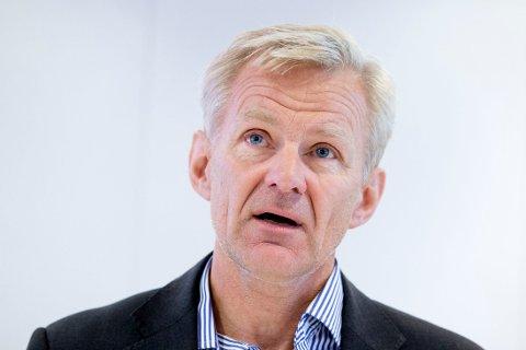 Flyktninghjelpens generalsekretær Jan Egeland må belage seg på en tur i vitneboksen når Oslo tingrett behandler søksmålet mot organisasjonen neste uke. Flyktninghjelpen er saksøkt av en tidligere ansatt for uaktsom håndtering av sikkerheten da organisasjonen ble angrepet og fire av dens ansatte kidnappet i Kenya i 2012.