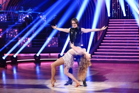 MÅTTE FORLATE: PelleK ble nødt til å forlate danseprogrammet. Foto: TV 2