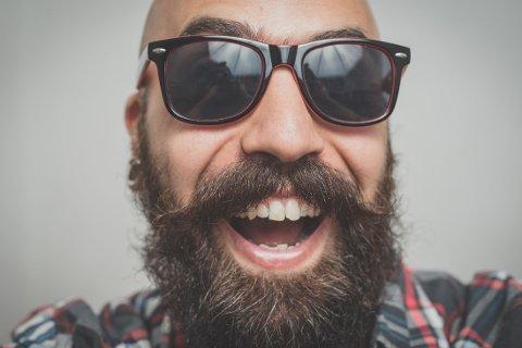 En ny, uhøytidelig studie, viser at menn med skjegg kanskje er litt tøffere og mindre «snille» - enn barberte menn ...