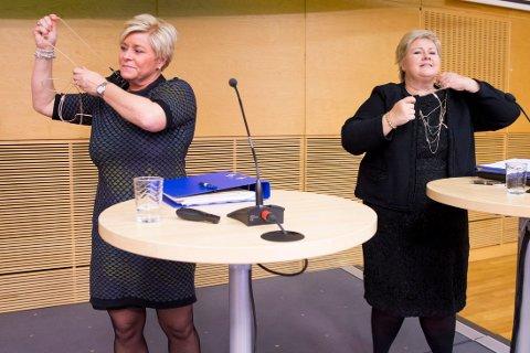 Finansminister Siv Jensen (Frp) og statsminister Erna Solberg (H) foreslår en rekke innstramminger for å gjøre Norge mindre attraktivt for asylsøkere. Foto: Håkon Mosvold Larsen / NTB scanpix.