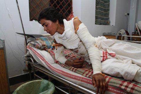 DØDE: Sonia Bibi (20) ble innlagt på sykehus i oktober med store brannskader, etter å ha blitt påtent. Nå er hun død.