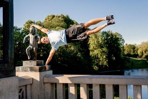 LASSE TUFTE håper at slike treningsbilder oppfordrer og motiverer andre til å gjøre trening til noe gøy.
