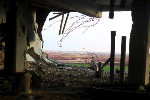 En bygning som ifølge lokalbefolkningen i Saraqib i Idlib-provinsen i Syria ble ødelagt i russiske flyangrep tidligere denne måneden.