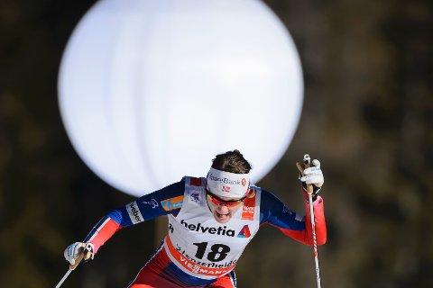SUVEREN: Maiken Caspersen Falla stakk av med seieren på sprinten i Tour de Ski.