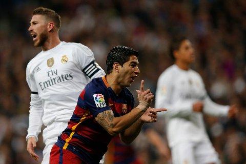TRIVES: Luis Suarez mener at det å ikke ha alt ansvaret i en klubb har gjort han til en bedre spiller.