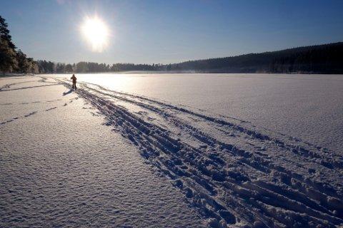 REVIDERT UTGAVE: De nye fjellvettreglene er mer pedagogiske, ifølge generalsekretær Åsne Havnelid i Røde Kors. Bildet er tatt på Sognsvann i Oslo.