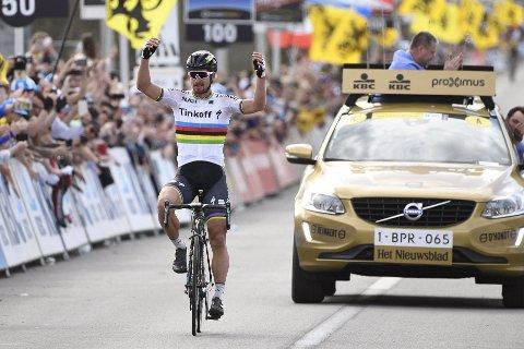 FØRSTE GANG: Peter Sagan har kjempet i verdenstoppemn i årevis, men søndag vant han monumentklassikeren Flandern rundt for første gang.