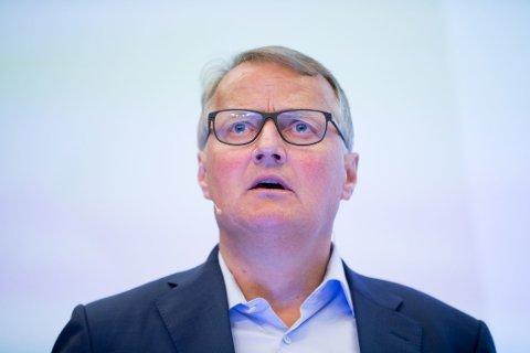 DNB-sjef Rune Bjerke redegjorde mandag for datterselskapet i Luxembourg og dets rolle i etablering av selskaper på Seychellene.