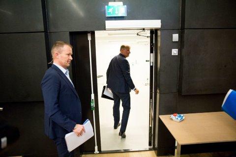 VISSTE IKKE: DNB-sjef Rune Bjerke, her etter redegjørelsen om DNB Luxembourg mandag, har sagt at konsernledelsen ikke visste om saken.