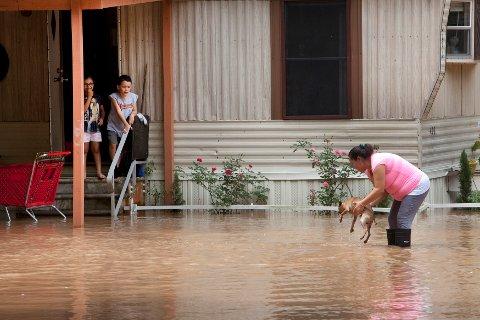 Texas har vært herjet av uvær den siste uken. Nå er et nytt stormsenter på vei mot delstater lenger øst i USA.
