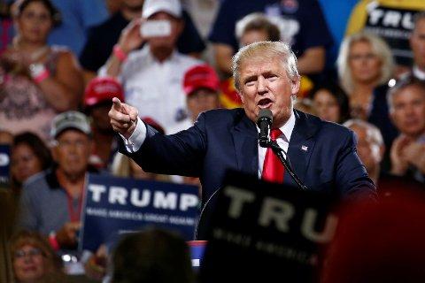 USA bør seriøst vurdere å bruke såkalt raseprofilering som et verktøy i kampen mot terrorisme, mener Donald Trump.