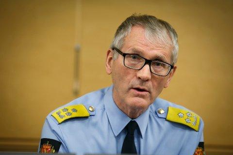 PÅ VEI: - Det blir hvert år utdannet 720 nye politifolk. Det er et viktig tiltak for å nå målet, mener fungerende politidirektør Vidar Refvik.
