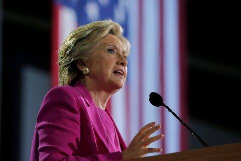 Hillary Clinton på et valgkampmøte i North Carolina.