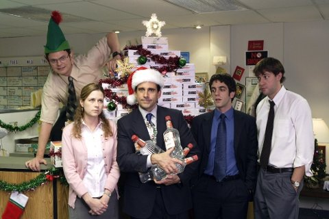 RÅD: Julebord med jobben er en av mange festlige anledninger i desember, men det kan også gå riktig ille.