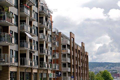 DNB Markets tror omslaget til lavere boligprisvekst ikke kommer før i første halvdel av 2017.
