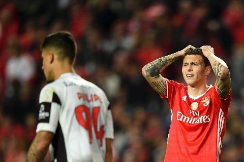 LANG AVTALE: Benfica og Victor Lindelöf (til høyre) er overens om en lengre kontrakt. Dermed blir svensken trolig dyrere å kjøpre fri for dem som måtte være interessert.