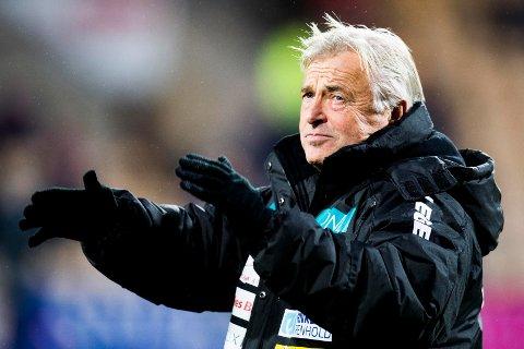 UAVGJORT:LSK-trener Arne Erlandsen måtte se laget sitt spille 1-1 mot Kristiansund fredag.