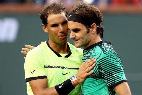 GAMLE RIVALER: Rafael Nadal og Roger Federer, her fra finalen i BNP Paribas Open i California i mars, møtes i en ny finale - denne gangen i Miami.