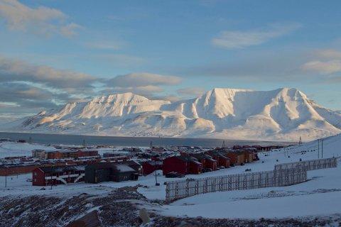 KJØPER STOR DEL AV SVALBARD: Staten har kjøpt en stod eiendom på Svalbard, og eier nå 99 prosent av øya.