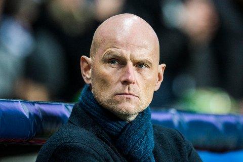 SELGER: FCK-trener Ståle Solbakken selger sin 17 år gamle juvel Victor Jensen til Ajax.