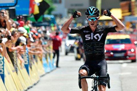 SKY-DOMINANS: Isle of Man-fødte Peter Kennaugh kunne strekke armene i været da han kom aleine til mål til legendariske Alpe d'Huez lørdag, Det skjedde under etapperittet Criterium du Dauphiné.