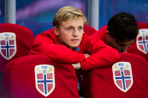 PÅ BENKEN: Mats Møller Dæhli måtte finne seg i nok en gang å starte en landskamp på benken, da Norge møtte Tsjekkia på lørdag.