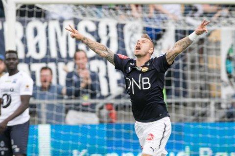 MÅLTØRKE OVER: Marcus Pedersen jubler over 3-0-scoringen mot Kristiansund, som samtidig markerer slutten på en over tre måneder lang måltørke for Godset-spissen.