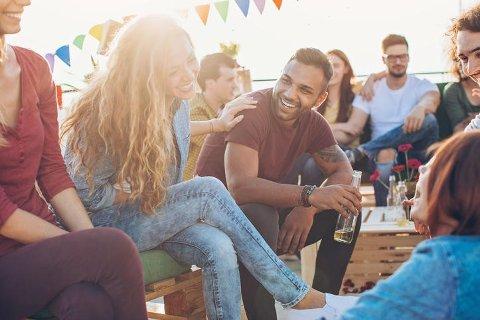 Student og på sjekkern? En ny undersøkelse viser ved hvilke høgskoler og universiteter folk på datingapper flørter mest med hverandre!