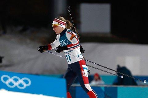 REKLAME: TVNorge tok reklamepause da sølvvinner Marte Olsbu var i aksjon på den andre skytingen under OL-sprinten lørdag.