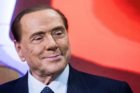 Italias tidligere statsminister Silvio Berlusconi satser på comeback under søndagens valg, selv om han selv har forbud mot å lede en ny regjering fram til 2019.