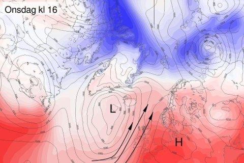 MILDVÆR OG REGN: Kombinasjonen av et lavtrykk ved Island og et høytrykk over Tyskland gjør at det vil transporteres mye fuktig luft til Nord-Norge mot slutten av uken. Skjermdump: Meteorologisk Institutt Foto: Thor Harald Henriksen