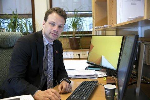 Jon Helgheim og Frp lar seg inspirere av danskenes strenge innvandringstiltak og vil foreslå flere innført i Norge.