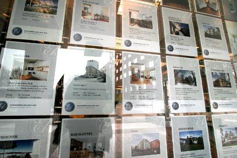 Flere eiendomsmeglere Nettavisen har snakket med melder om oppgang i omsetningen hittil i juli - tross rekordvarmen.