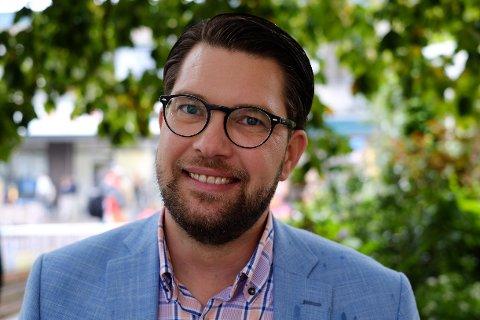 KAN BLI NEST STØRST: Nettavisen møtte Sverigedemokraternas leder Jimmie Åkesson i Falkenberg torsdag.
