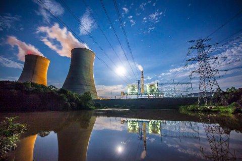 Olje, gass og kull vil i uoverskuelig fremtid være hovedenergikilder for verdens befolkning.