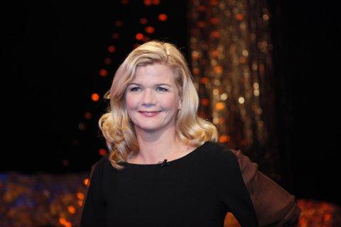 Programleder Anne Lindmo kaprer stadig flere seere fredagskveldene.