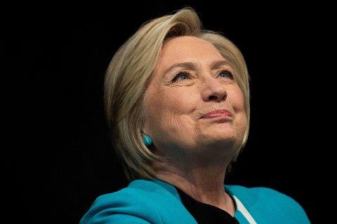 Tidligere presidentkandidat Hillary Clinton blir omtalt som «dronningen av abort» av Donald Trumps rådgiver Kellyanne Conway.