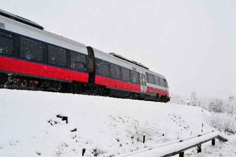 EKSTRA SETER: Rørosbanen er en av strekningene der NSB tilbyr ekstra seter i julen; 2860 ekstra seter settes opp mellom Hamar- Røros - Trondheim. Illustrasjonsbilde.