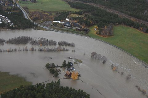 Det er mye vær i Norge, og det påvirker også forsikringsselskapenes resultater. Men Gjensidige tjener bra med penger.